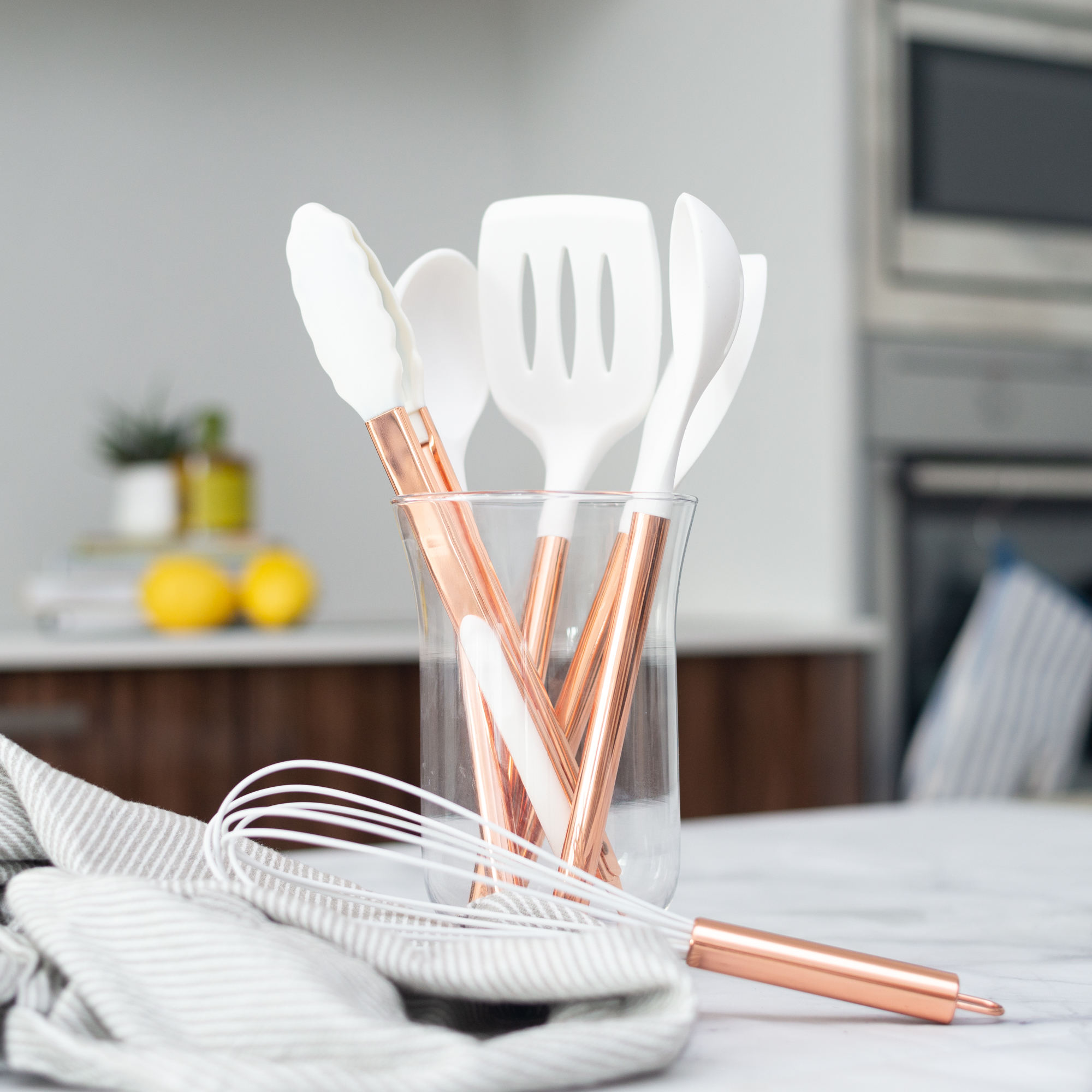 White Amp Copper Silicone Utensils 6 Pcs Styled Settings